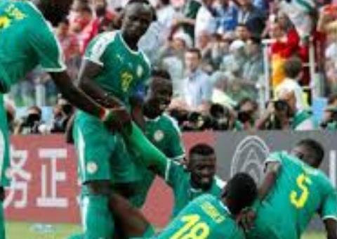 اليابان تعقد المجموعة الثامنة بالتعادل مع السنغال