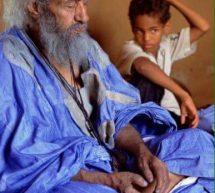 العلامة الراحل ولد فخفو لم  يخطو خطوة إلا بين المسجد والخيمة