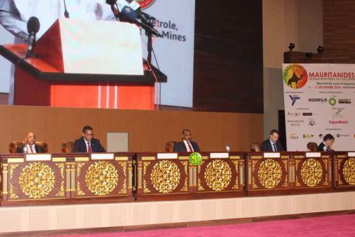 """ولد البشير يفتتح  مؤتمر""""موريتانيد"""" لقطاع النفط والمعادن"""